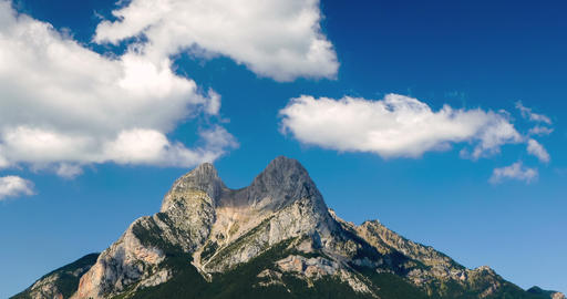 """Panoramic view of """"Pedraforca"""" Massif with fast movement of clouds. Hyperlapse Footage"""