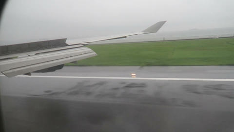 Aircraft landing in rain Aircraft landing in rain Stock Video Footage