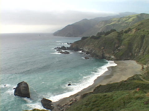 Waves crash on the central California coast near Big Sur Stock Video Footage