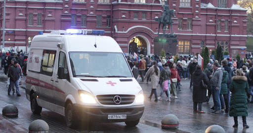 Ambulance on Manezhnaya Square waiting for a doctor and patient Footage