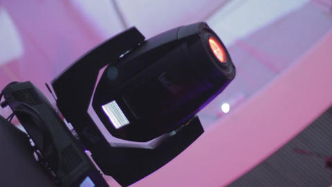 Dynamic club lighting (scanner) loopable programmed equipment. Turning lights Live Action