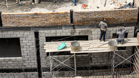 Cuenca, Ecuador - 2019-10-05 - Timelapse Construction - Brick wall built and ビデオ