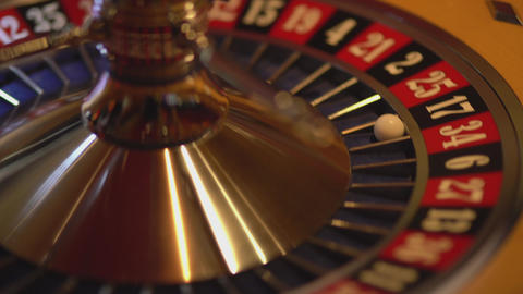 Spinning Roulette wheel - 17 black wins Live Action
