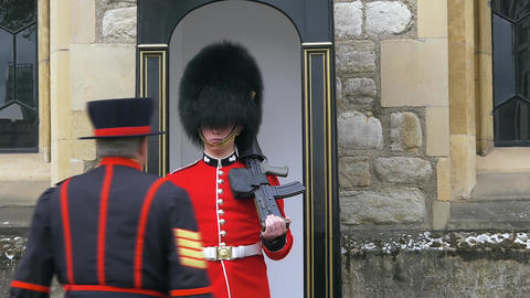 Beefeater gives instructions the British soldier Live Action