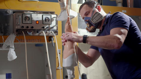 Production of a prosthetic leg. Creates part of the leg above the knee. Pours Live Action