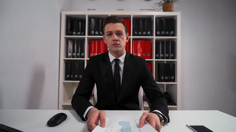 businessman promises to do everything you need in service Live Action