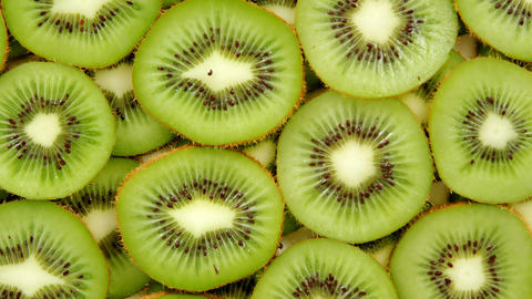 Slices of arranged kiwi Live Action
