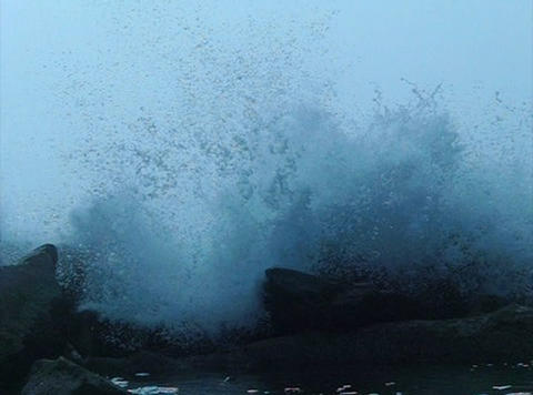 Ocean Waves 09 Waves crashing on rocks_43sec Stock Video Footage