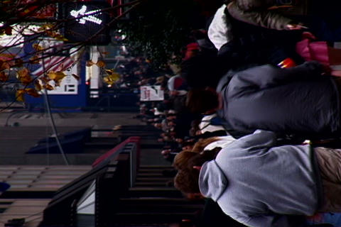 /NY_Crowded_Sidewalk_Horizontal_2-PhotoJPEG_SD.zip Stock Video Footage
