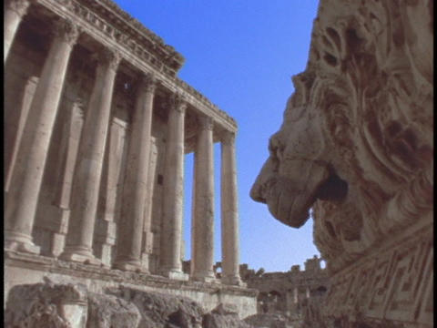 Intricate carvings adorn an ancient Roman temple Stock Video Footage