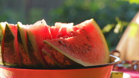 Cut watermelon in a cup луп Footage
