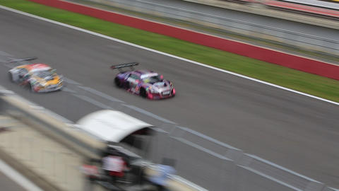 audi r8 allianz F1 safety car bently Live Action