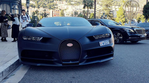 Bugatti Chiron Sport 110 Ans Limited Edition Live Action