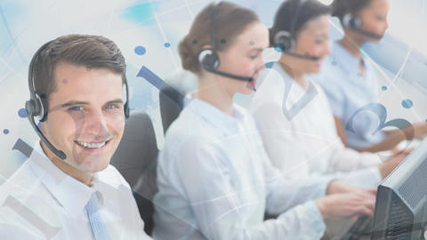 Man working in Callcenter with colleagues Animation