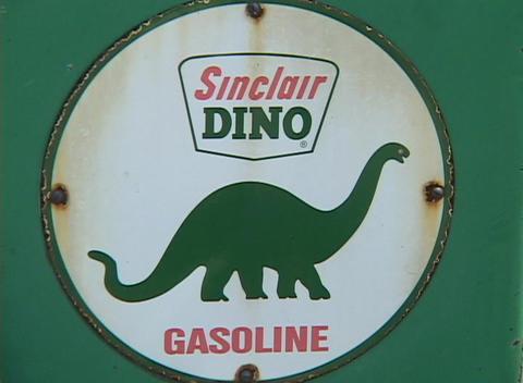 A vintage gasoline station sign Stock Video Footage