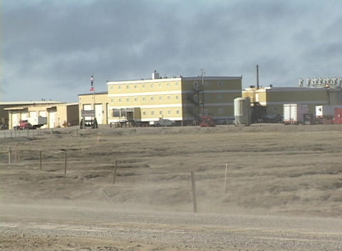 Medium shot of a Halliburton building in Alaska Stock Video Footage
