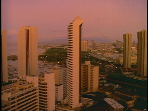 Traffic moves through Honolulu, Hawaii Stock Video Footage