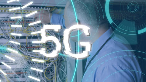 Technician and 5G written in the middle of a futuristic circles Animation