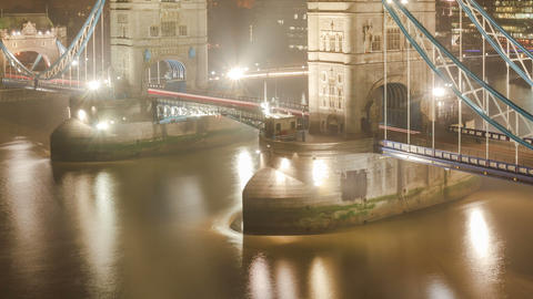 Time Lapse of the Tower Bridge in London Live Action