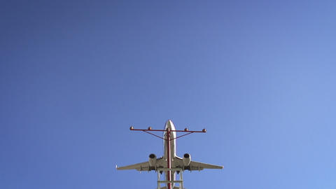 Jet Approaching Landing Footage