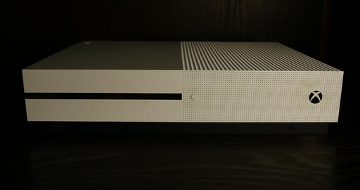 Xbox One power turning on Live Action