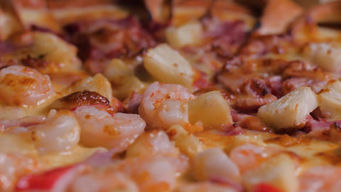 Close-up shot rotate the pizza disk Italian food select focus shallow depth of field GIF