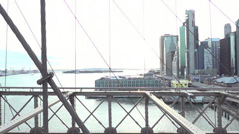 04 BROOKLYN BRIGE 11 Live Action