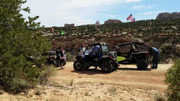 4x4 recreation friends ride desert landscape Utah 4K Footage
