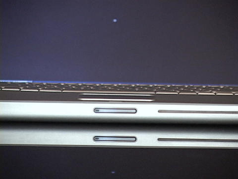 An Apple Powerbook closes Stock Video Footage