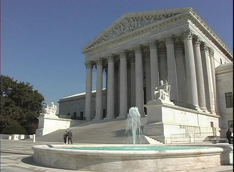 A fountain flows in front of the Supreme Court Building... Stock Video Footage