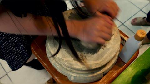 Crushing burmese thanaka 1 1 Live影片