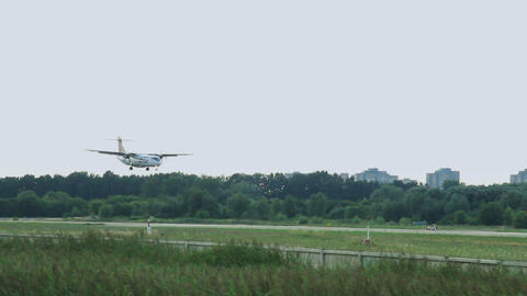 ATR 72-500, 72-212A landing in international airport Footage