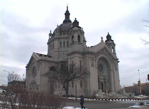 A large urban church is featured in this clip Stock Video Footage