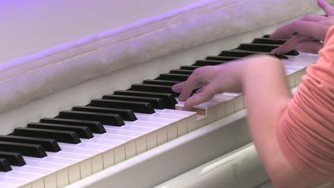 1080p Piano Player / Piano Keyboard / Piano Hands Footage