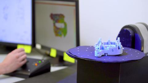 Scanning components for production, using 3d laser scanner Live Action