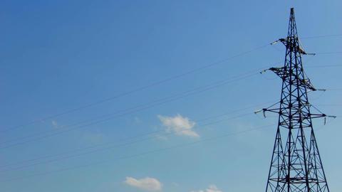 A high voltage power pylons ビデオ
