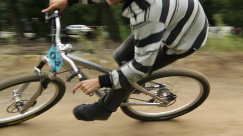 Accelerating BMX to win riding contest spinning pedals, finish Footage
