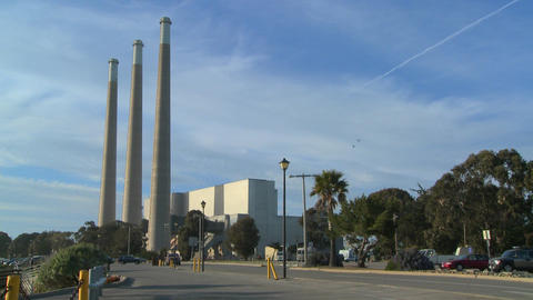 An establishing shot of a power plant Stock Video Footage