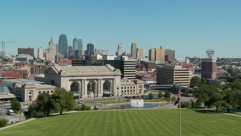 A daytime view of the Kansas City, Missouri skyline Stock Video Footage
