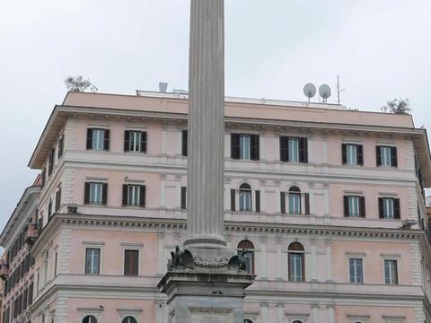 The column on the Piazza di Santa Maria Maggiore. Rome, Italy Footage