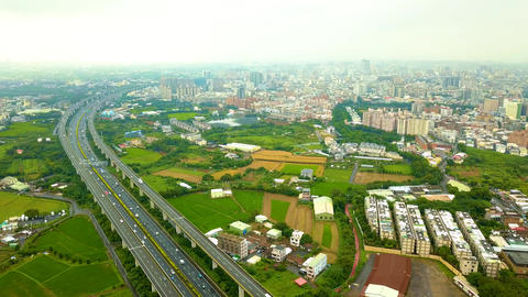 Aerial photography of highways, cities with a distant view Live影片