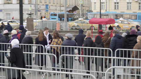 The queue for the exhibition Salvador Dali. Magical art in the Central Live Action