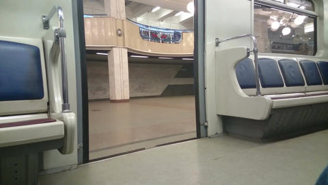 Metro car doors closing, end station, no passengers in train Footage