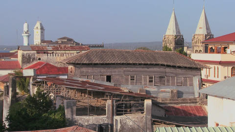 A rooftop overview establishing shot of Stone Town,... Stock Video Footage