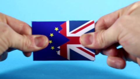 EU and UK Split ! Live Action