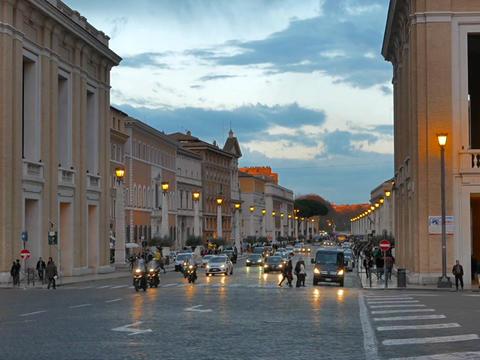 Via della Conciliazione, Evening. Rome, Italy Footage