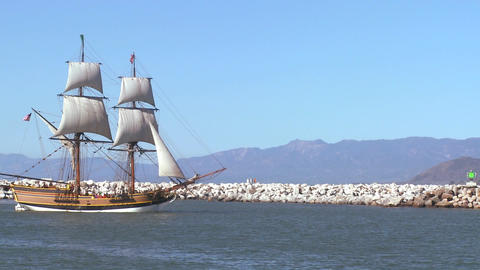 A tall master schooner sails on the high seas Stock Video Footage