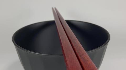 Wooden chopsticks017 ライブ動画
