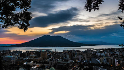 A time lapse at the sakurajima 4K Live Action