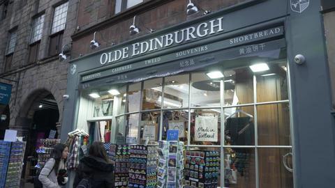 Heritage of Scotland Souvenir shop in Edinburgh Live Action